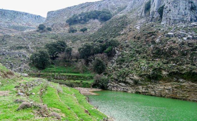 Ikaria_geology