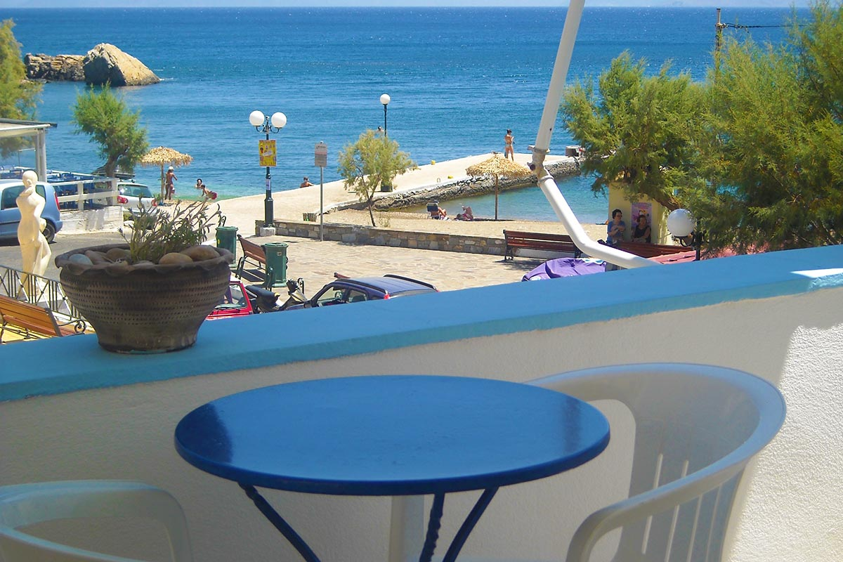 To stay in Ikaria