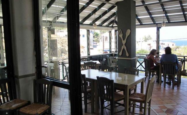 Mary_Mary_Restaurant_Armenistis_Ikaria_08
