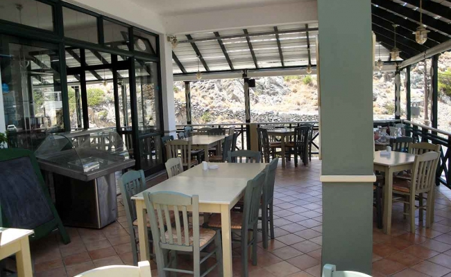 Mary_Mary_Restaurant_Armenistis_Ikaria_04