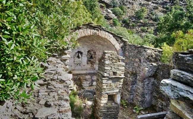 Agios_Taxiarchis_church_Ikaria