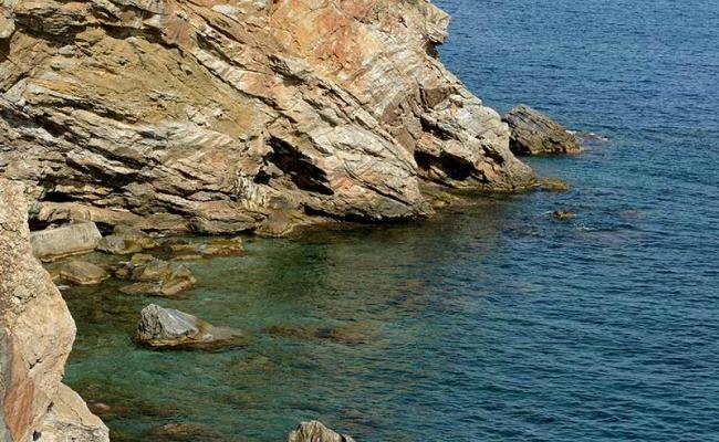 Moustafa_hot_springs_Ikaria