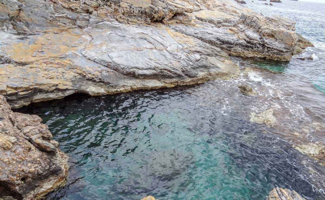 Thermes_hot_springs_Ikaria