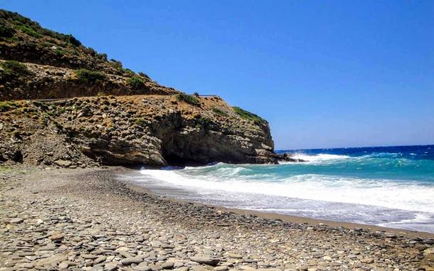 Aris_beach_Karavostamo_Ikaria