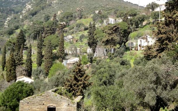 Tsouredo_village_Ikaria