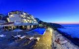 cavos_bay_hotel02